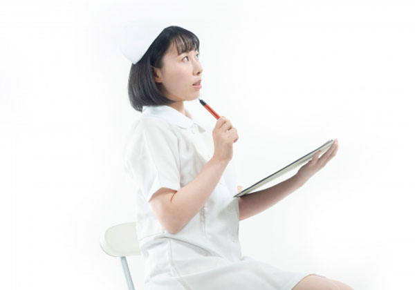 病院内託児所の看護師